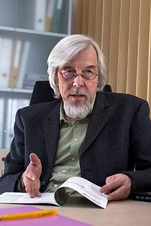 CERN Rolf-Dieter Heuer