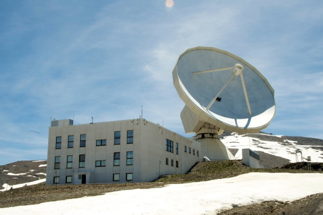 IRAM 30m Radio telescope, on Pico Veleta in the Spanish Sierra Nevada