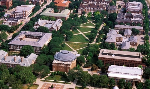 U Illinois campus