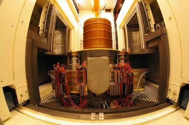 Edelweiss Dark Matter Experiment