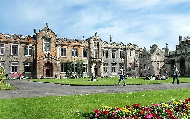 U St Andrews campus