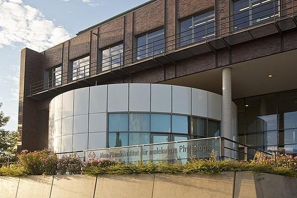 Max Planck Institute of Molecular Physiology campus