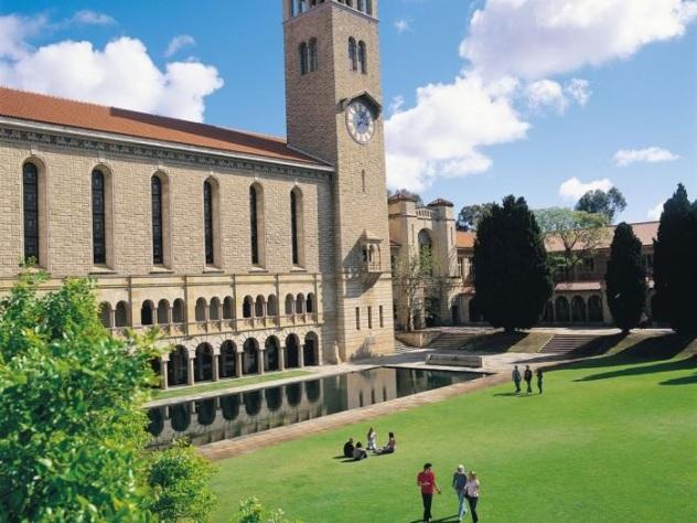 uwa-campus